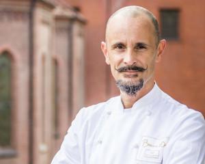 L'albese Enrico Crippa è nella top 10 degli chef più ricchi d'Italia