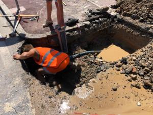 Tubo rotto in via Valle Maira: Confreria resta senz'acqua