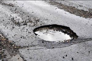 Da Anas 15 milioni di euro per tappare le buche sulle strade statali piemontesi
