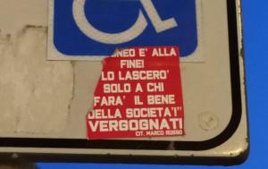 Il 'grido di dolore' dei tifosi del Cuneo in alcune fotografie comparse in giro per la città