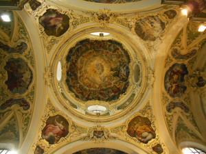'La ex chiesa di Santa Chiara è in pericolo, il comune intervenga subito'