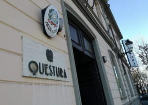 Anziana signora si perde a Cuneo cercando la sua auto, soccorsa dalla Polizia