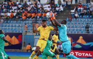 Calcio, stasera la finale di Coppa d'Africa Senegal-Algeria: in campo il cuneese Alfred Gomis