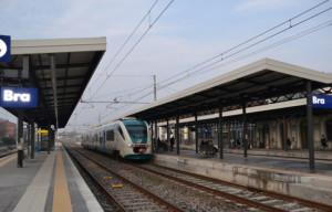 Bra: il treno delle 7.08 per Alba sarà ripristinato con l'inizio dell'anno scolastico