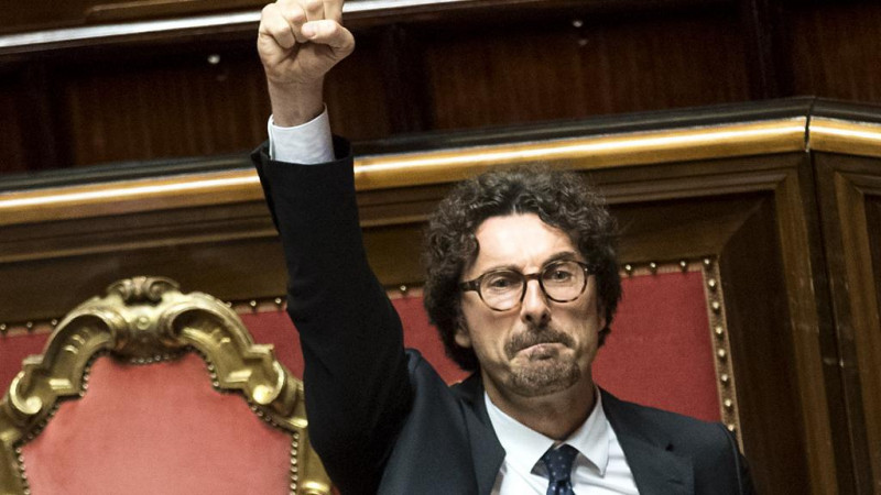 Il ministro pentastellato Danilo Toninelli