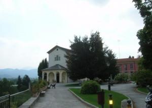 Cuneo, nuovo parapetto per il giardino del santuario degli Angeli