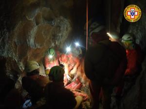 Concluse le operazioni di recupero dello speleologo bloccato in una grotta sull'altipiano del Marguareis