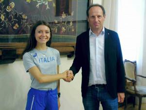 Atletica: Anna Arnaudo, protagonista agli Europei Under 20, ricevuta in Comune a Borgo San Dalmazzo