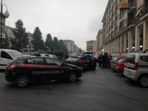 Insulti e minacce dopo un tamponamento in piazza Europa: intervengono vigili e carabinieri