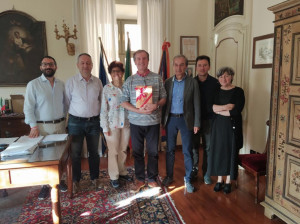 Bra: il ringraziamento della Giunta all'ex dirigente scolastico Giuseppe Giacone