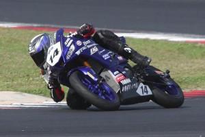Alessandro Osenda chiude il suo primo anno di gare sul podio della R3 Yamaha Cup