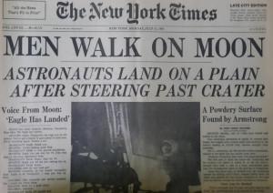 In una mostra ad Alba i giornali del mondo il giorno dopo il primo sbarco sulla Luna
