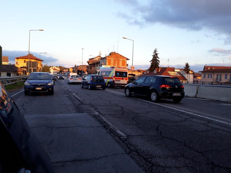 Incidente sul ponte di Borgo Gesso, code in uscita da Cuneo