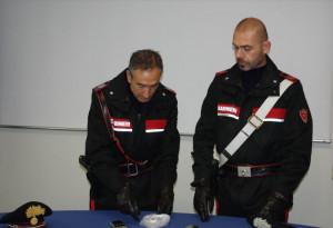 Trasforma il suo appartamento in un punto di spaccio di cocaina: arrestata una giovane albanese