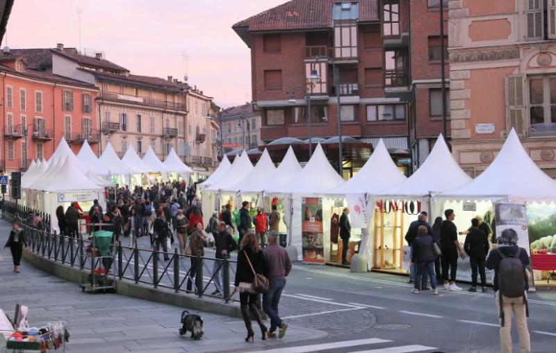 A Mondovì fervono i preparativi per 'Peccati di Gola & XXII Fiera Regionale del Tartufo'