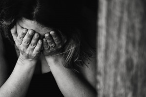Botte e violenze sessuali, la notte degli orrori di una 55enne