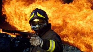 Piromane a processo: incendiò un fienile a Caraglio e i cestini di piazza Foro Boario a Cuneo
