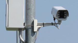 A Verzuolo una nuova telecamera di videosorveglianza per il controllo dell'abbandono dei rifiuti