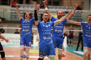 Pallavolo A3/M: Cuneo fa sua la trasferta trentina al tie-break