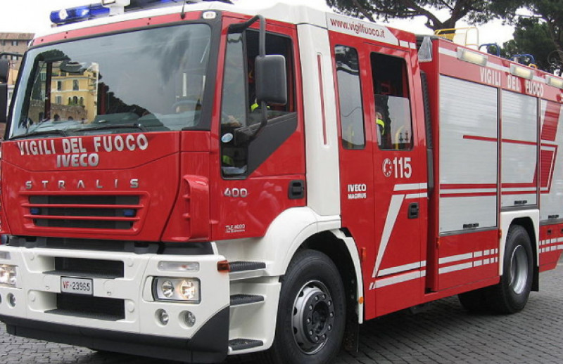 Auto contro camion a Busca, due ragazze trasportate in Pronto Soccorso