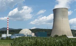 Fermo dei reattori nucleari in Francia, l'Arpa Piemonte rassicura: 'Radioattività nella norma'