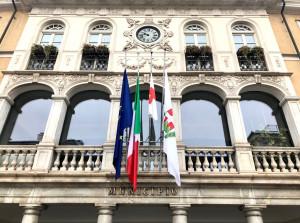 Mondovì: bandiere a mezz'asta per l'addio alla Presidente CRI Viviana Beltrandi