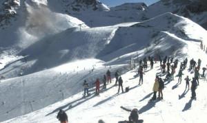 Dopo le nevicate dell'ultima settimana al via la stagione sciistica della Granda