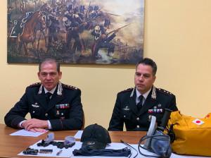 I Carabinieri hanno arrestato in flagrante un 'topo d'appartamento', con sé aveva anche una pistola