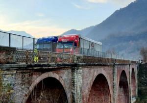 Gaiola, eseguite le prove di carico sul ponte dell'Olla: l'esito sarà disponibile nelle prossime settimane