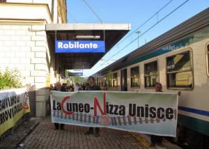 'Così vicini, ma così distanti: servono i collegamenti certi tra italia e Francia'