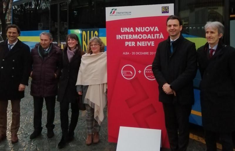 Treno più bus a Neive, un unico biglietto per un trasporto giornaliero rapido, economico e green