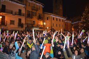 A Limone Piemonte capodanno in piazza senza vetro, lattine e botti
