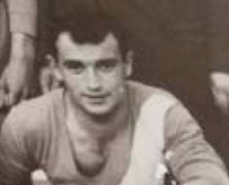 'Ghecia' in una foto d'epoca con la maglia del Pedona