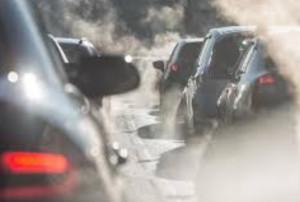 Smog, semaforo arancio a Bra e Alba: fino a giovedì limitazioni al traffico e altri divieti