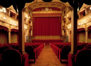 La Compagnia Corrado Leone & Friends sul palco del Toselli con un doppio spettacolo