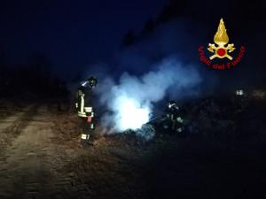 Incendio di sterpaglie a Bagnolo Piemonte