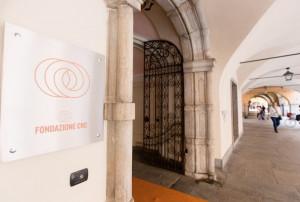 Intesa Sanpaolo lancia un'Ops su UBI. Genta: 'Valuteremo i possibili scenari'