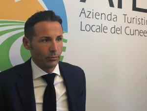 Parla il presidente dell'Atl del Cuneese: 'Il settore turistico è il più danneggiato, la psicosi sta affossando il Paese'