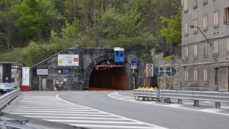 Vaga con un coltello nel tunnel di Tenda, condannato a quattro mesi