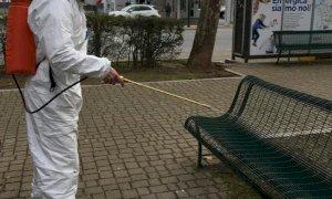 Coronavirus, come ci si può infettare attraverso le superfici?