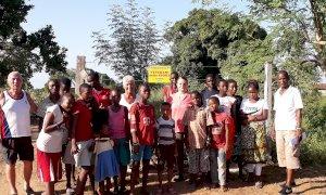 Dagli orfani del Kenya un messaggio di solidarietà a bimbi e ragazzi di Cuneo: 'Andrà tutto bene'