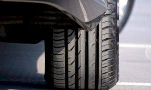 Cambio dei pneumatici invernali: si può attendere fino al 15 maggio