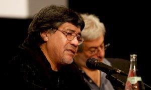 Addio a Luis Sepúlveda, vittima del coronavirus. Il ricordo di Petrini: 'Straordinario scrittore e militante'