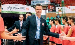 In attesa di novità sul futuro, la Bosca San Bernardo Cuneo conferma coach Andrea Pistola