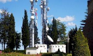5G, la giunta risponde a Lauria: 'Nessun albero abbattuto per far passare onde elettromagnetiche'