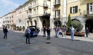 Cuneo, tensioni alla manifestazione spontanea delle 'Mascherine Tricolori': identificati i partecipanti