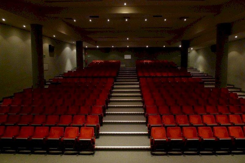 Mondovì, biglietti e abbonamenti già acquistati saranno validi per la prossima stagione teatrale