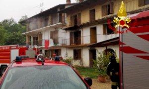 Canale, scoppia un incendio in un'abitazione disabitata