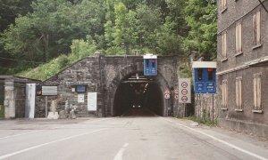 Perdita d'acqua all'interno del tunnel del Tenda, tecnici ancora al lavoro