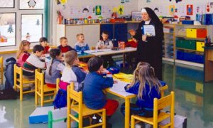 Il Popolo della Famiglia contro il decreto Rilancio: 'Affossa le scuole paritarie'